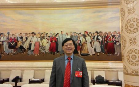 杨元庆:中国企业要走出去 外流消费应留下来