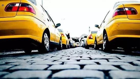 交通专家:政府不应该主动吸纳外地户籍人员