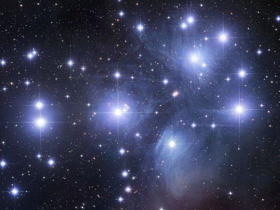 """氢原子""""21厘米辐射""""可探测宇宙最古老恒星"""