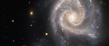 爱因斯坦引力理论或许要重新修正?