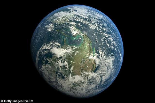 刚到8月 人类折腾的地球已透支完全年自然资源预算