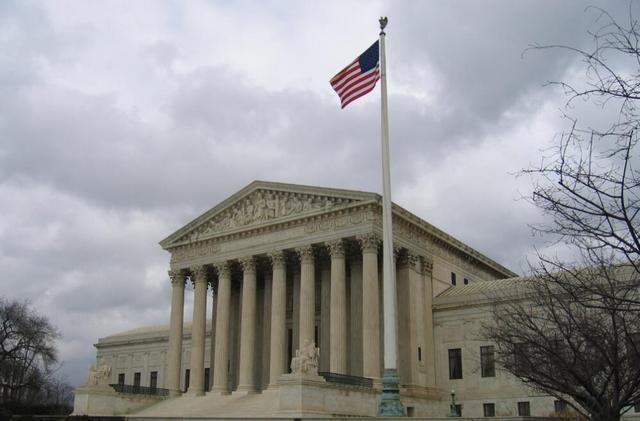 """""""三星抄袭iPhone""""世纪大诉讼周二将在美最高法院开战"""
