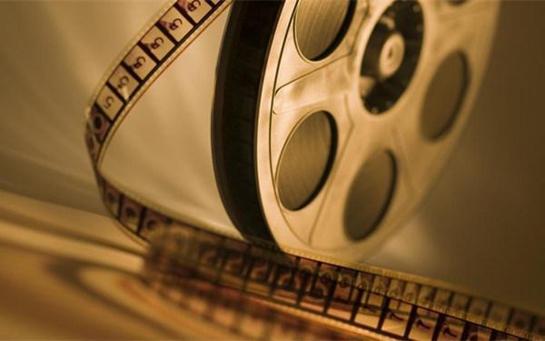 从冯小刚炮轰万达说起:电影业缺乏规则正加剧行业衰落