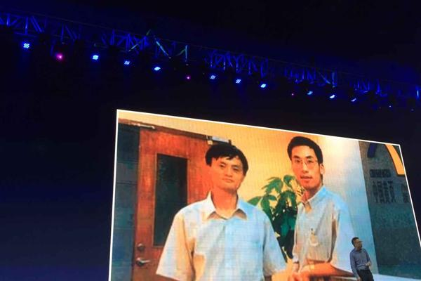 银泰前CEO创办脸脸 要帮线下商家对抗淘宝