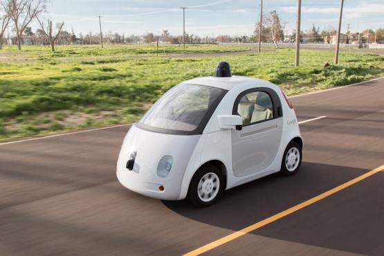 谷歌将按月公布无人驾驶汽车事故数据