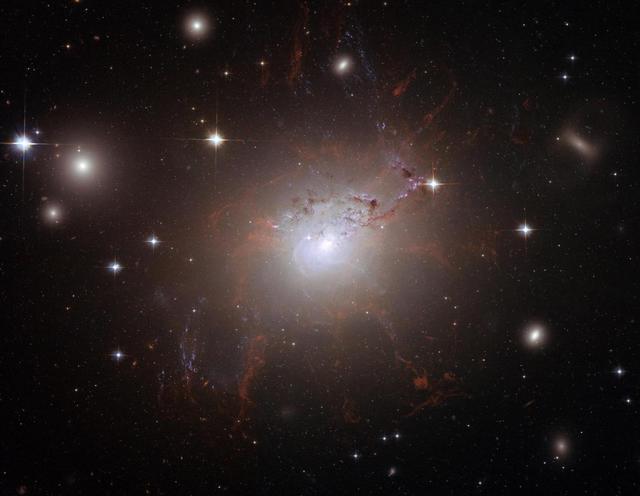暗能量之谜或被揭开:将确认是否存在