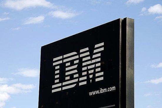 IBM第一季度净利润30亿美元 同比下滑1.1%