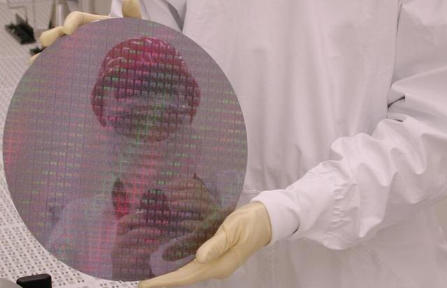三星宣布10纳米芯片开始量产