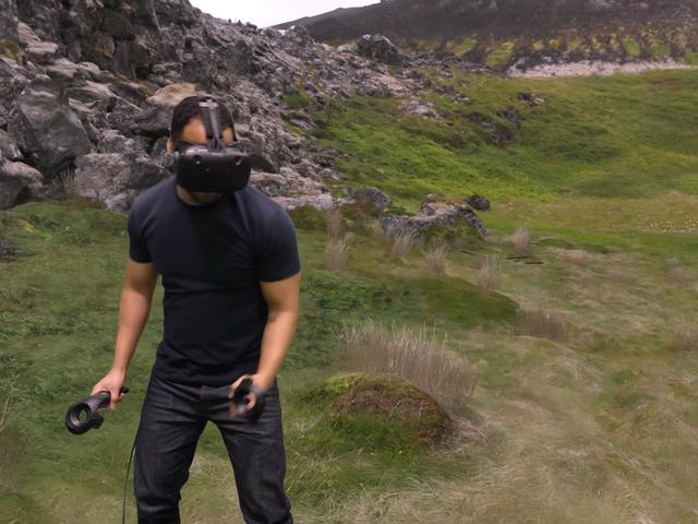 HTC发布VR游戏体验视频 为推销Vive头盔助阵