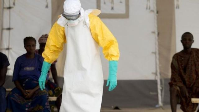 """埃博拉病毒""""死灰复燃"""":几内亚再现新感染者"""