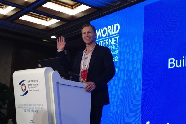 Facebook副总裁:互联网要更关注人
