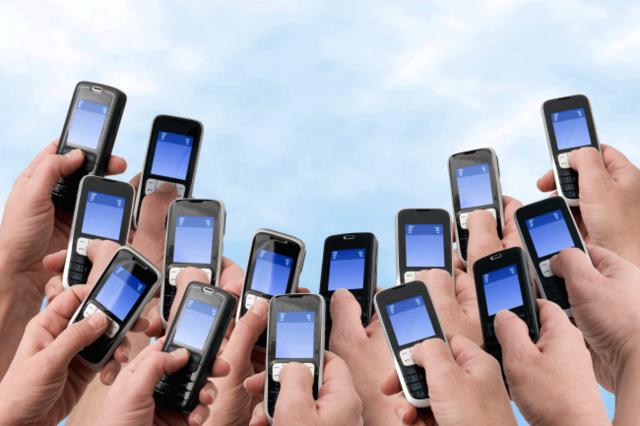二线手机品牌困局:面临三重考验