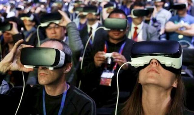 调研公司IDC:今年虚拟现实设备销量有望超过900万台