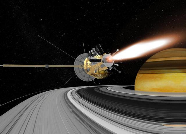 卡西尼探测器即将来回穿梭危险的土星环