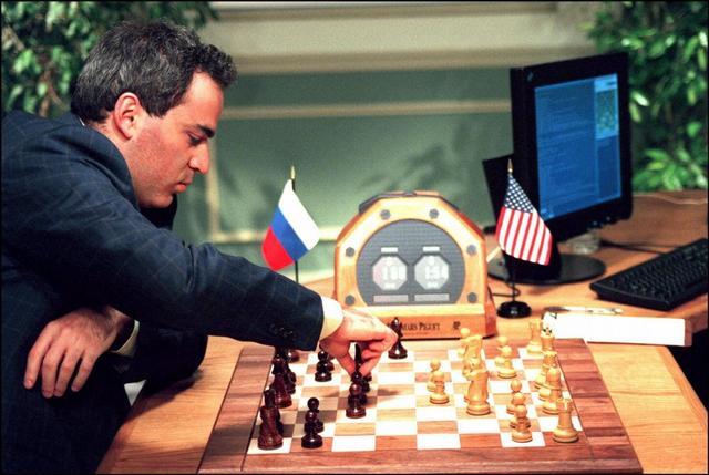 """看到AlphaGo难免想起""""深蓝""""?可IBM当年前赢得并不光彩"""