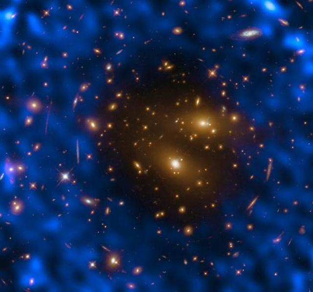天文学家使用ALMA望远镜搜寻宇宙最古老光线