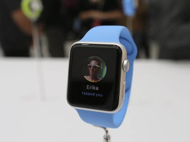 Apple Watch在美国首日预订量达百万
