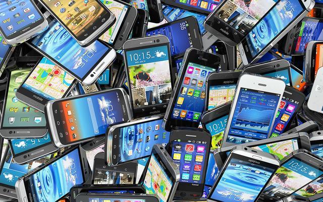 工信部:2016年全年生产手机21亿部 同比增13.6%