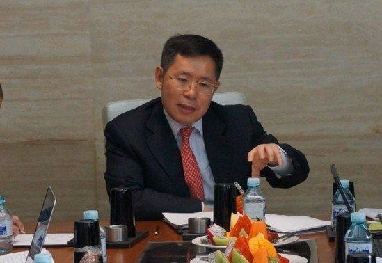政协委员王文京:关注小微企业税费和融资问题