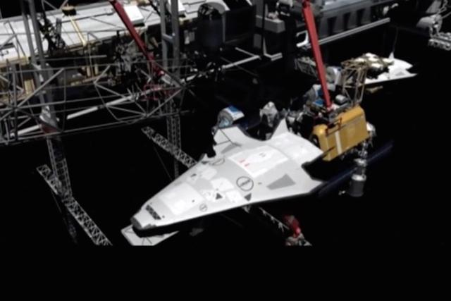 美国防部研发先进机械臂与轨道交通枢纽