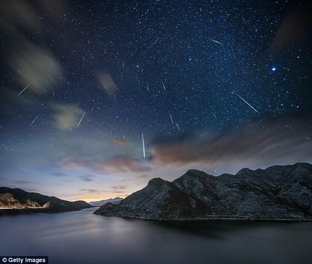 陨石坠落地球可与人感应 使头发衣物发出特殊声音