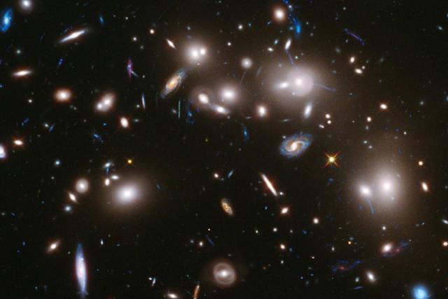 宇宙是什么颜色?科学家认为酷似拿铁咖啡