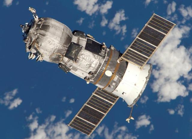 俄罗斯无人货运太空飞船发射失败 大气层烧毁