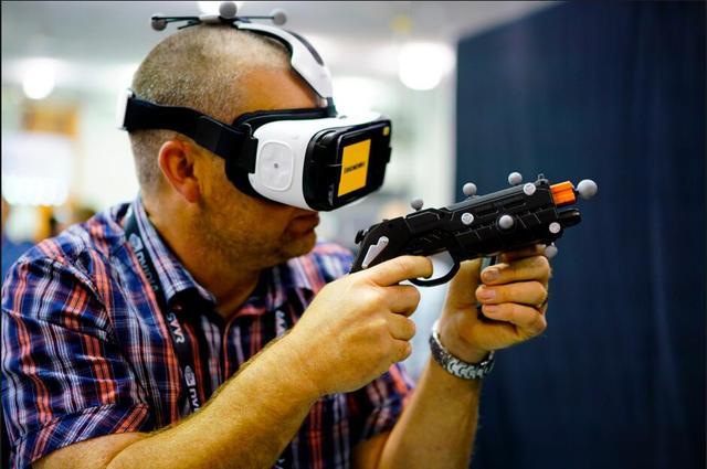 VR生存现状管窥:华强北VR设备月销量超千万台