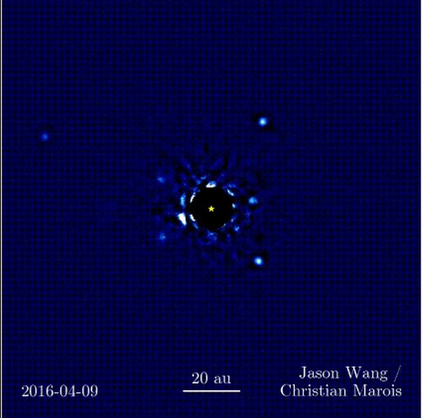 天文学家最新观测到四颗行星环绕恒星运行