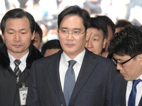 韩国法院决定批捕三星掌门李在镕