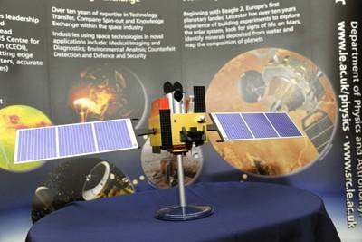 印度首次发射太空望远镜惹争议