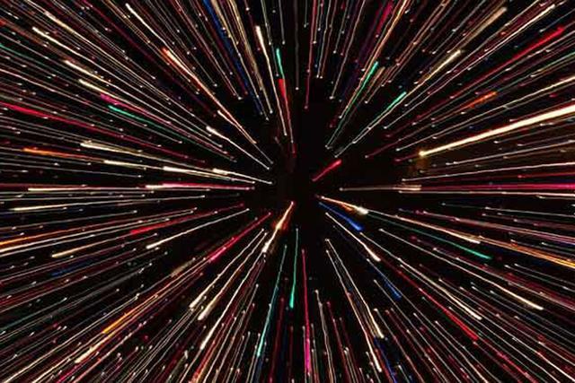 光速并非宇宙速度上限?空间膨胀可超光速