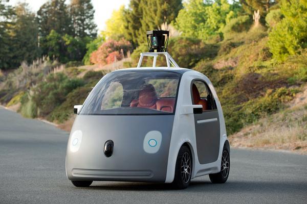逗你玩?谷歌为无人驾驶汽车设计可插拔式方向盘