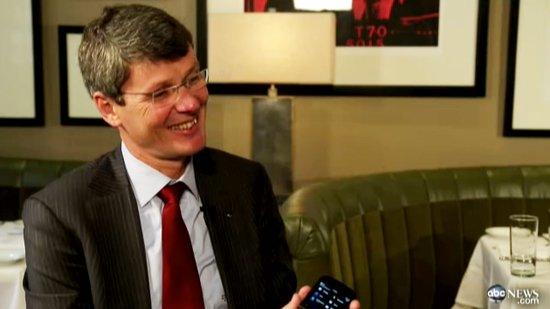 黑莓CEO海因斯:正测试手机平板笔记本一体机
