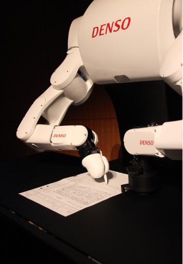 AI机器人Torobo-kun放弃高考 阅读理解能力欠缺