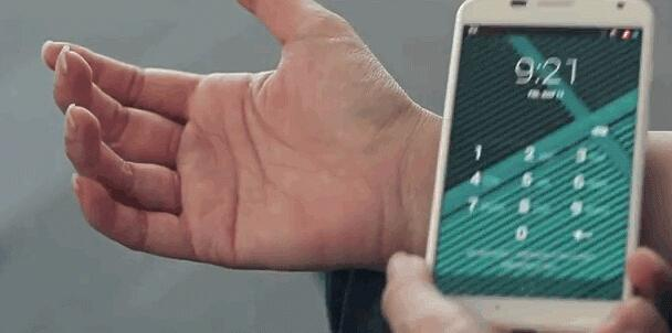 """手机解锁新方法:摩托罗拉""""电子纹身"""""""