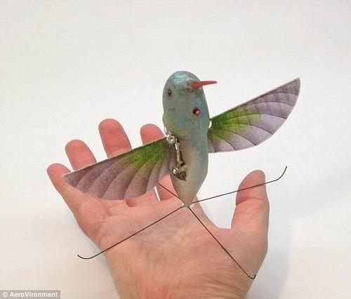 美最新微型侦察机全长16厘米 可以伪装成蜂鸟