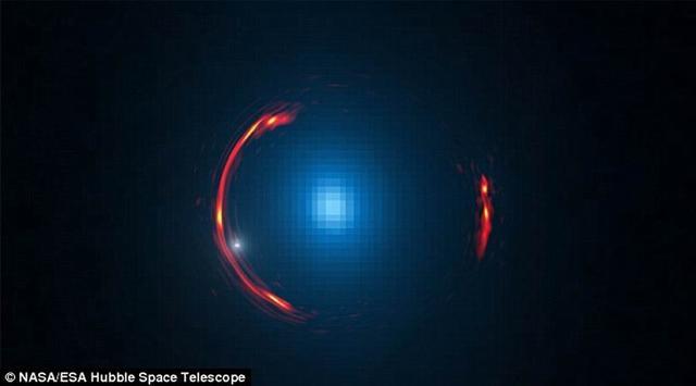 """太空神秘""""火环""""内部可能隐藏一个暗矮星系"""