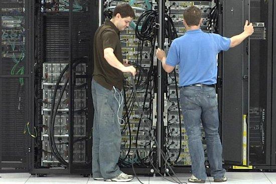 FB谷歌自建高速互联网设备 英特尔思科业绩受损
