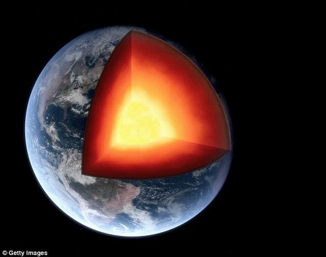 """地表之下1000公里处隐藏着巨大""""地下海洋"""""""