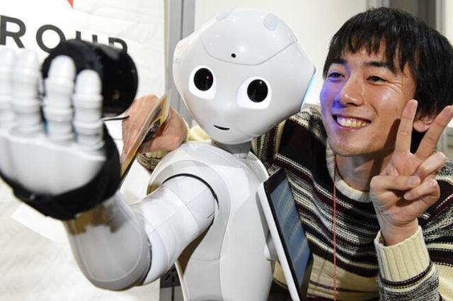 机器人Pepper当上销售员