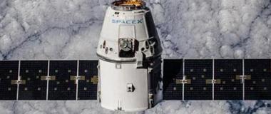 "SpaceX""龙""飞船成功返回地球 带回40只老鼠"