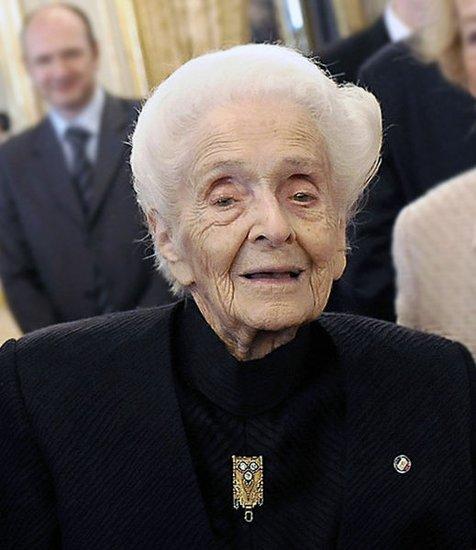 最年长诺贝尔奖获得者喝神奇饮料而长寿