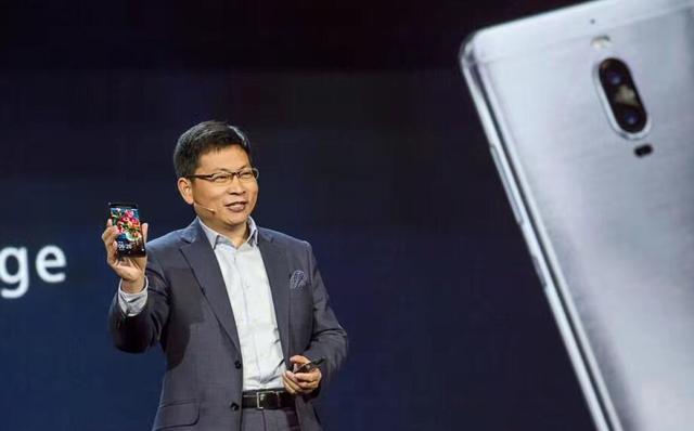 华为旗舰机mate 9进入美国市场 余承东称未来是智慧手机时代