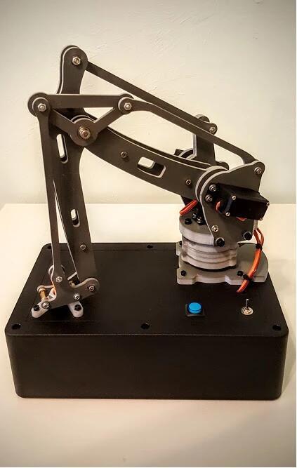 机器人第一原则被打破!会主动伤害人的机器人诞生