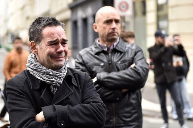 巴黎爆炸之后 科技巨头们也行动起来了
