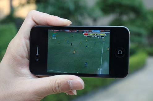 手机成为世界杯第二大媒体 仅次于电视