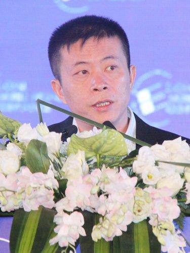 图文 新浪CEO曹国伟发表主题演讲