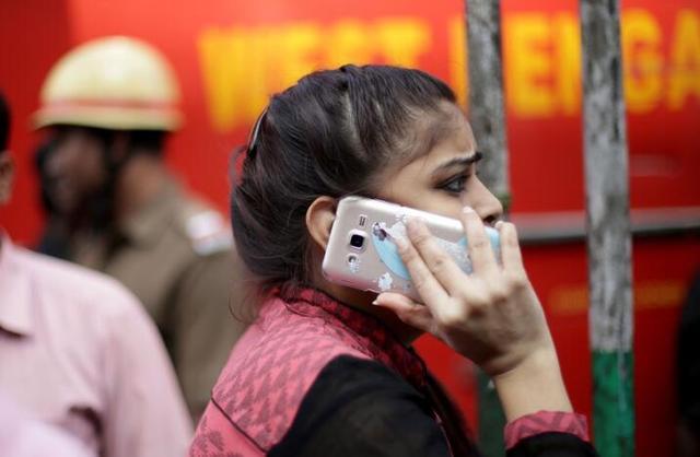 推无钞支付 印度要求手机行业生产2000万部30美元廉价机