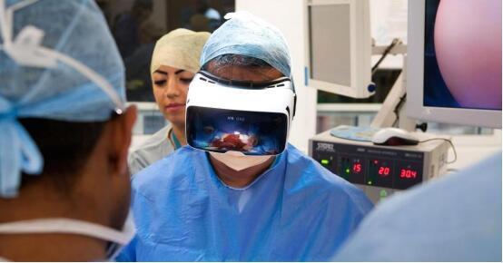 当医生都用VR来看病治疗时,你会放心吗?